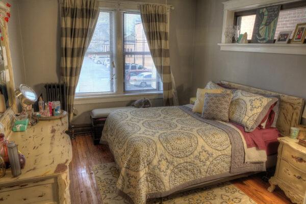 Maryland-Gardens-Bedroom